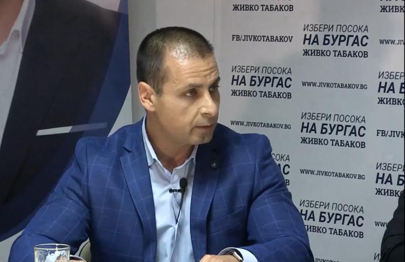 Кандидатът за кмет Табаков: Трябва да има велостоянки пред всички обществени сгради в Бургас