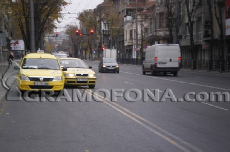 Бургаските таксиджии ще протестират