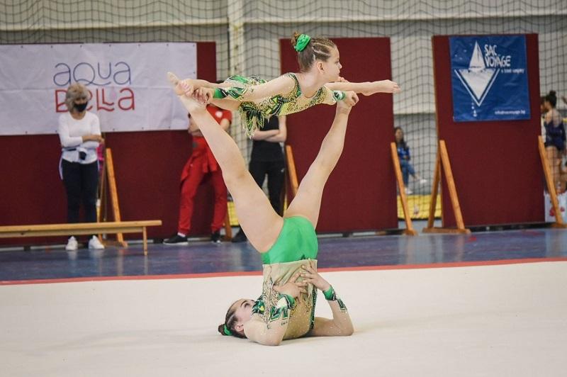Златни и сребърни медали за малките акробати на клуб Черноморец