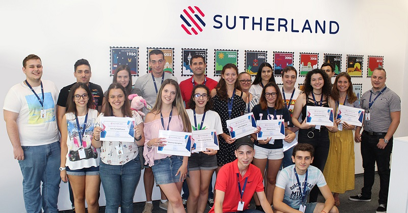 Успешен старт на кариерата за 21 бургаски младежи с Лятната ученическа езикова програма на Съдърланд