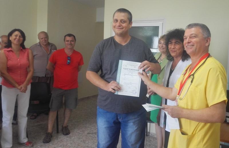 Вижте новите парамедици на Бургас
