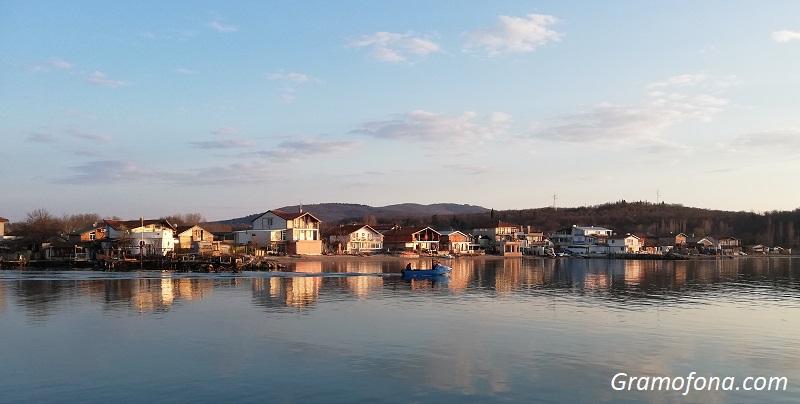 ГЕРБ внесе промени, които най-после да уредят статута на Рибарското селище