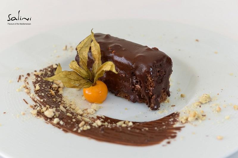 """Открийте своя най-любим десерт сред сладката дузина на Средиземноморски ресторант """"Салини"""""""