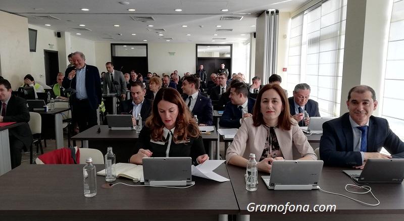 Започва гласуването на бюджета на Бургас, администрацията с огромен кредит на доверие