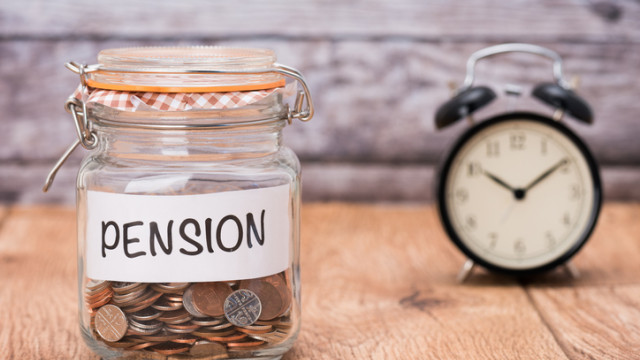Изследване: 40-годишните българи - първите, които ще останат без пенсии