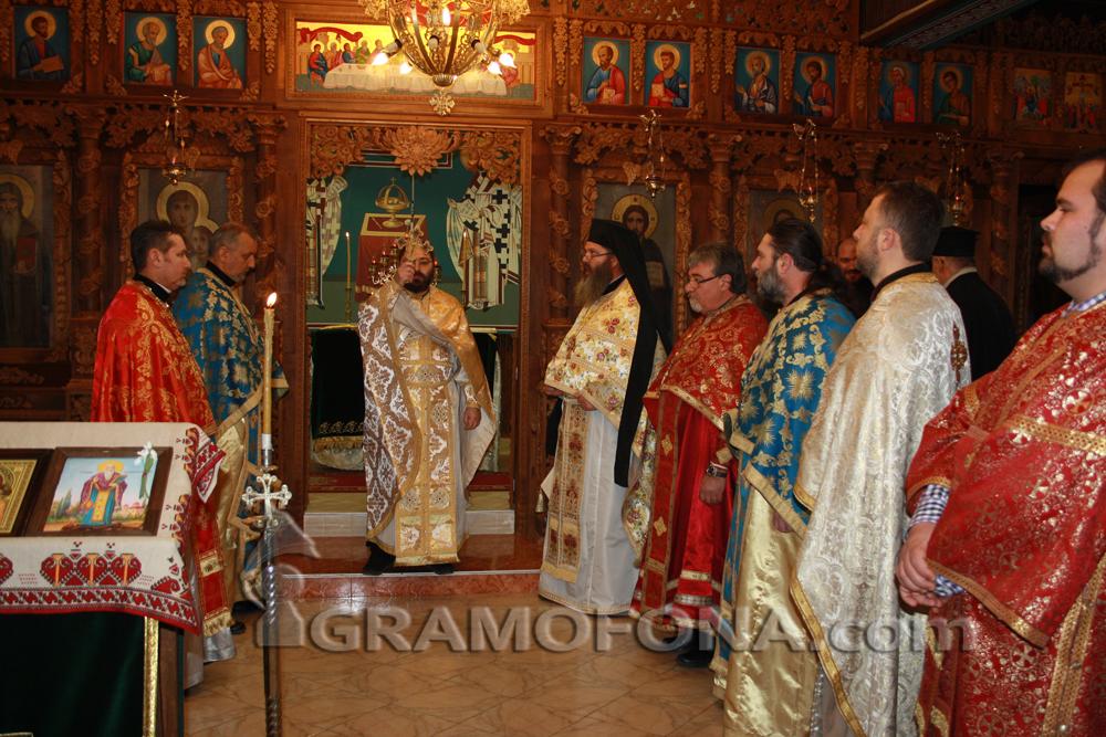 Великден онлайн: Ето какво се разбраха религиозните в Бургас за предстоящите празници