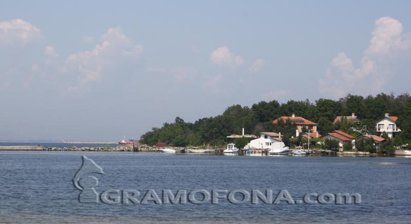 Държавата прехвърли терени в Рибарското селище на Община Бургас, Ченгенето се превръща куртурно-туристически комплекс