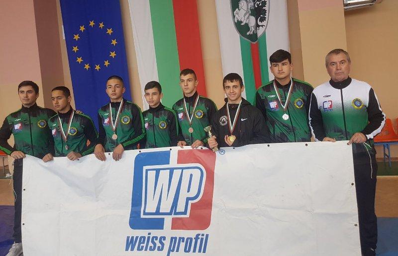Поздравления и за медалистите от клуба по борба в Руен