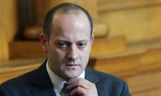 Депутати от ГЕРБ поискаха оставките на министрите от ДСБ