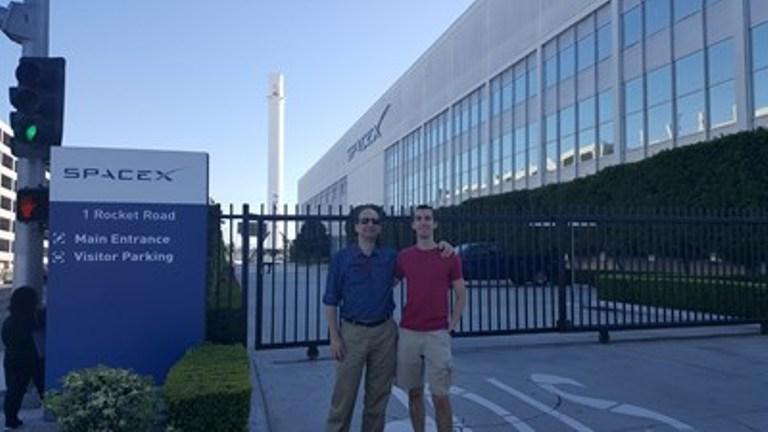 Българин в екипа, който изстреля най-мощната ракета в света