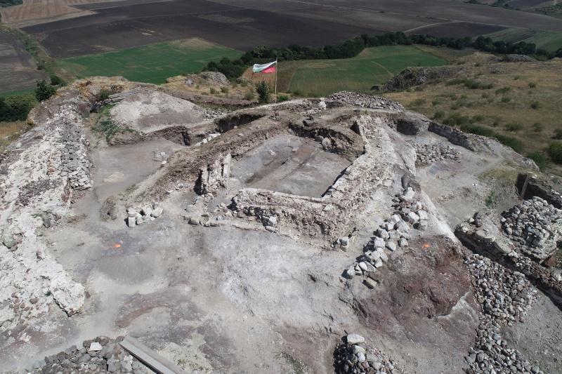Кости от зубър, камила и турук са открити при разкопките на Русокастро