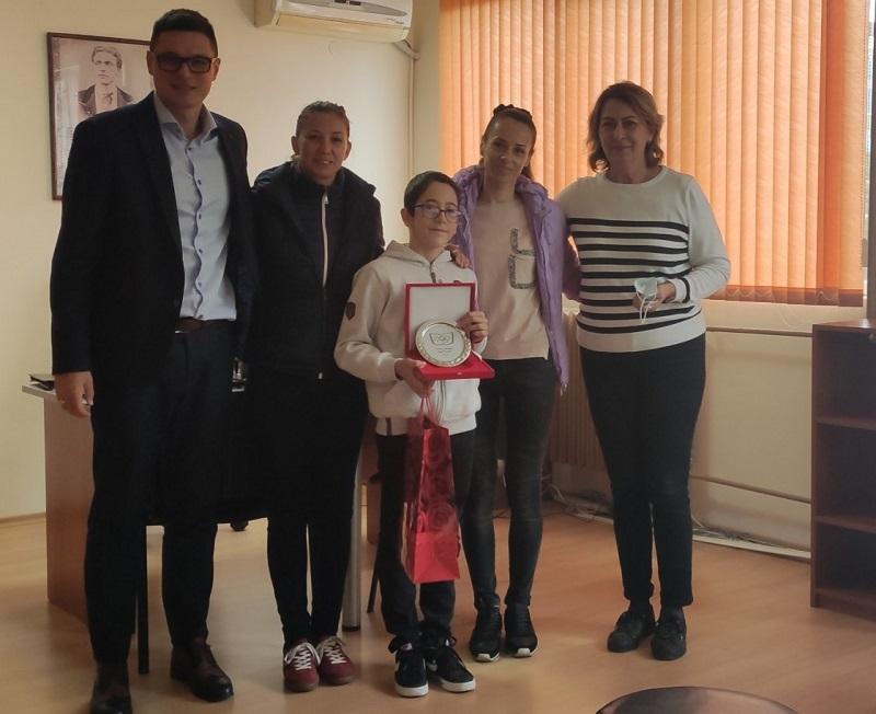 Спортното училище награди най-новия си европейски шампион