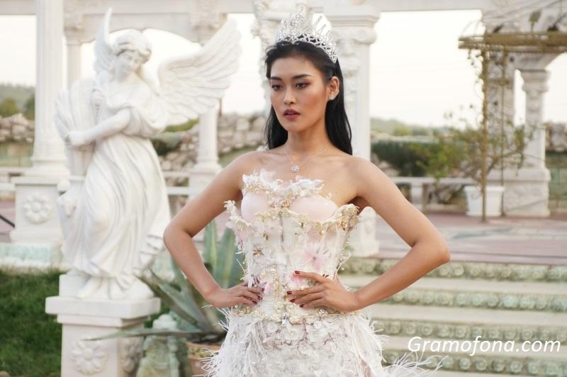 Мис Китай ексклузивно за Gramofona.com: Радвам се, че името ми е свързано с България