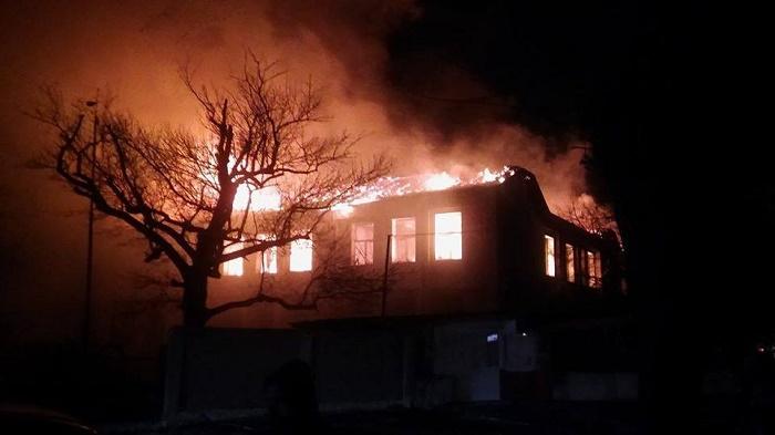 Изгорялото училище в Карнобат застраховано, изплащат полицата в най-кратък срок
