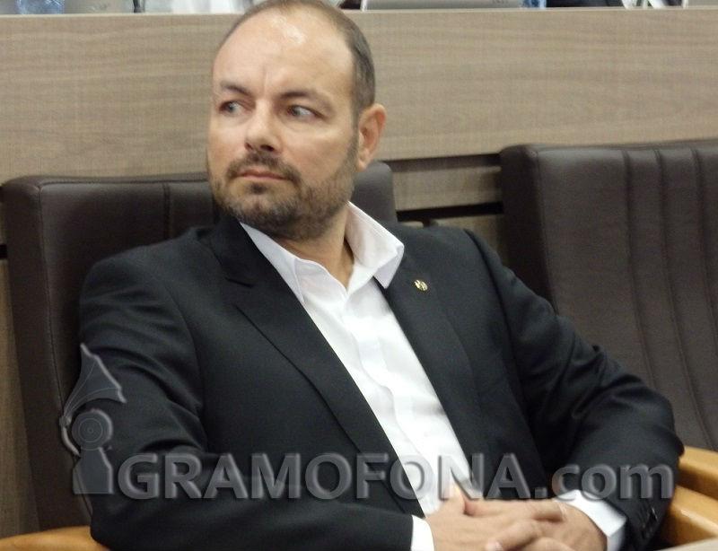 Георги Дракалиев: Бежанските лагери да са само на браздата
