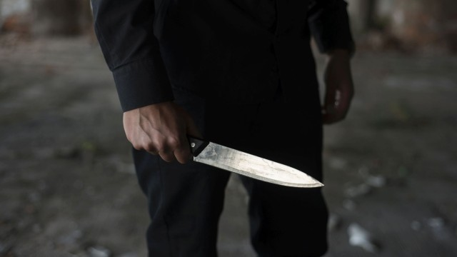 Ученик в Беларус уби с нож учителка и свой връстник
