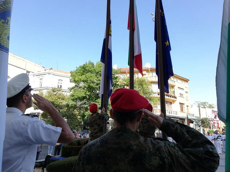 С химна на Георги Шагунов започнаха в Бургас честванията за 22 септември