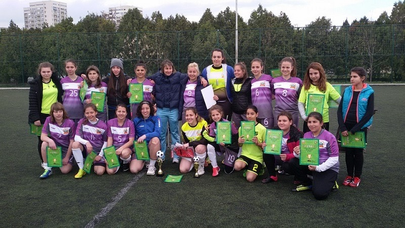 Женски футбол за бургаската публика