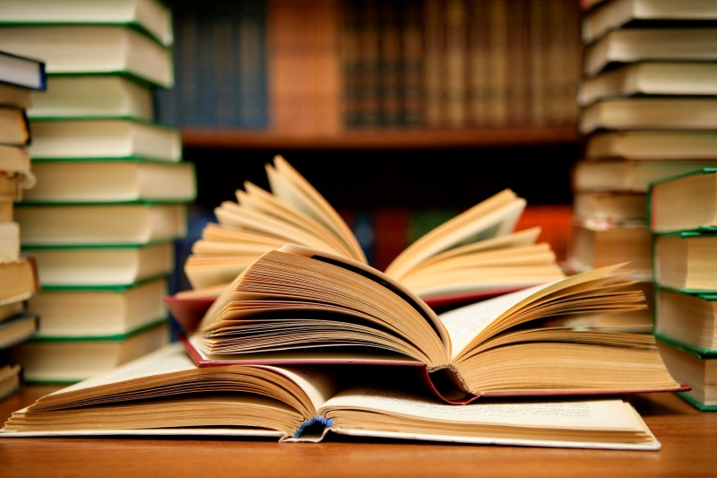Намаляват ДДС и за книгите