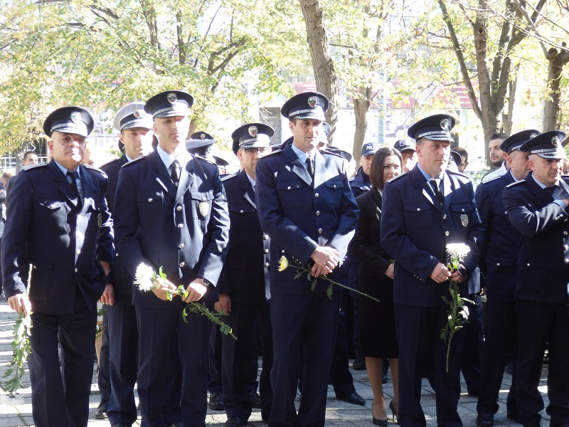 Бургаските полицаи посрещат професионалния си празник без нито едно неразкрито тежко престъпление