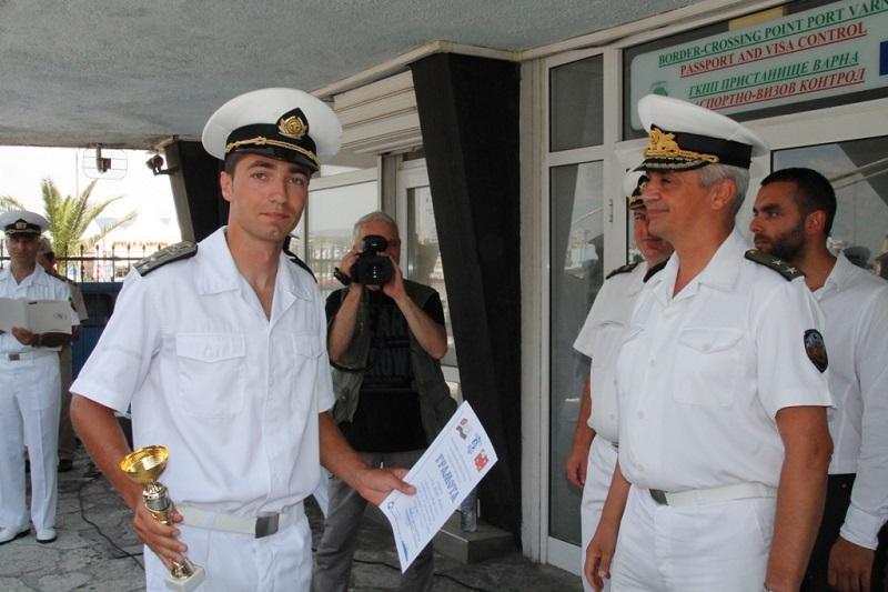 Вижте кои за победителите по морски спортове на Военноморските сили