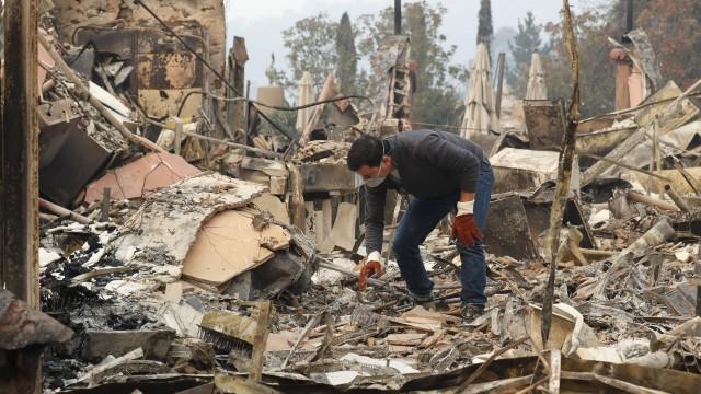 Пожарите в Калифорния са унищожили над 8 000 сгради