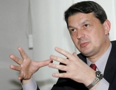 Бивш румънски министър ще търка нарове