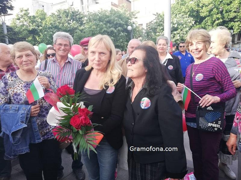 Прокуратурата поиска имунитета на Елена Йончева като евродепутат