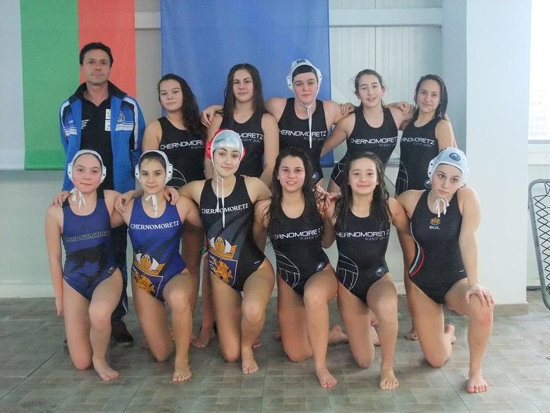 Черноморец класира два отбора на финала