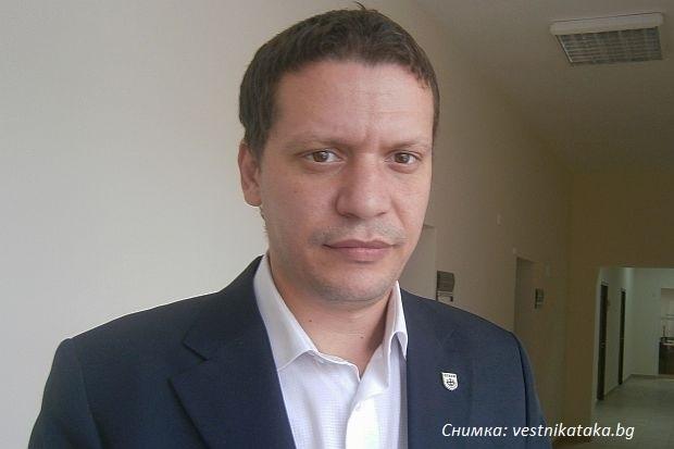 Областният управител на София се маха от Атака: Не искам да имам нищо общо с тази секта