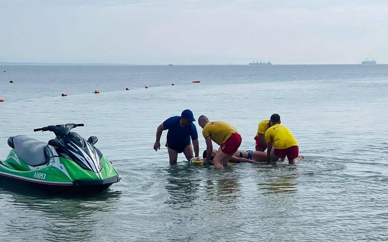 В Крайморие показаха как се спасява бедстваща група в морето
