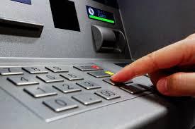 Нови банкови такси - колко ще ни взимат?