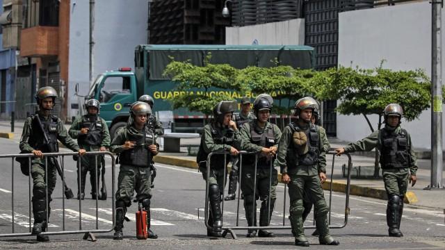 Опит за военен преврат във Венецуела