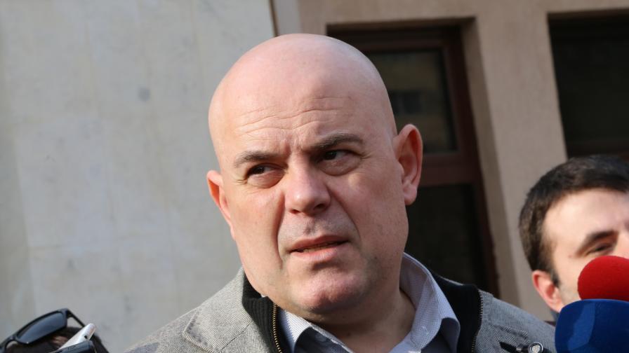 Отново избраха Гешев за главен прокурор