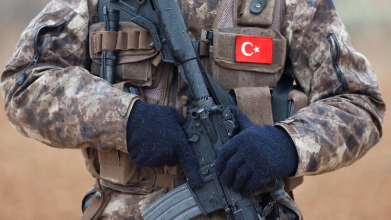 Турция предупреди за опасност от война с Гърция