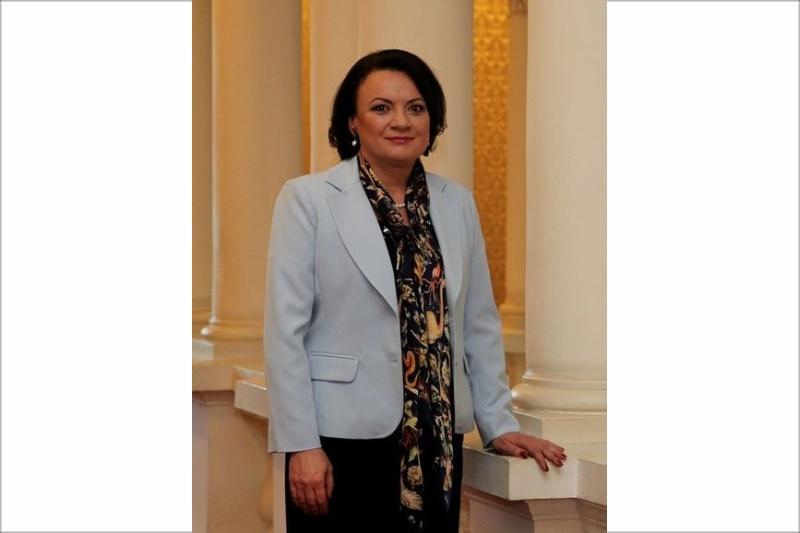 Ивелина Василева с приемен ден на 9 март в Бургас