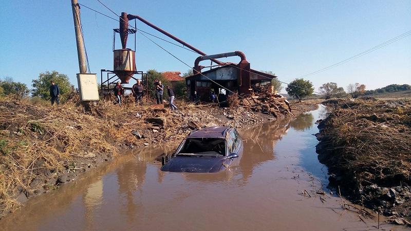 Държавата да вземе опасните общински язовири, предлагат управляващите