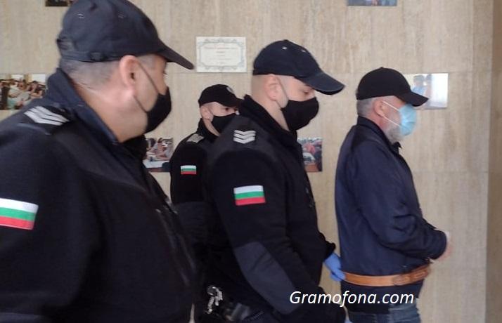 Адвокатска ваканция отложи дело на зловещия Станимир Рагевски