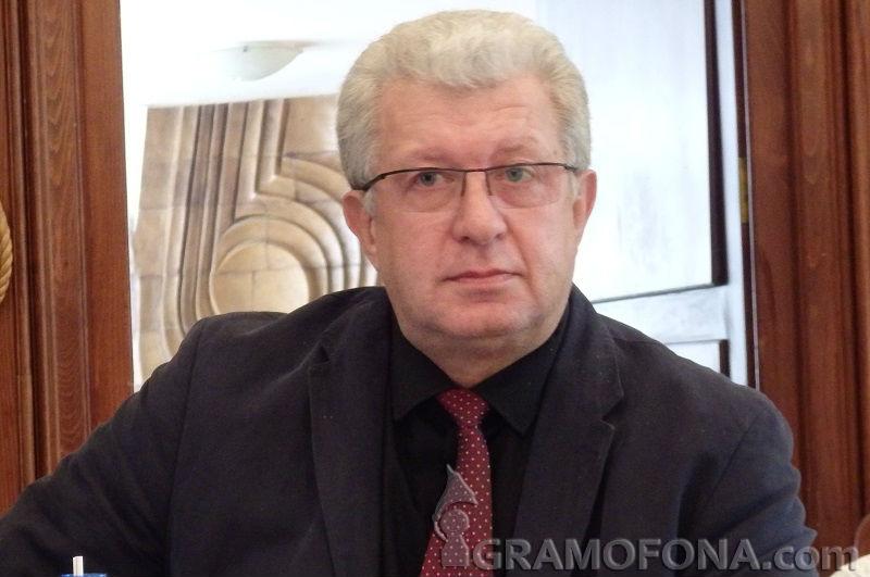 Георги Дражев: Валери Симеонов иска съдружници, послушници и прислужници около себе си