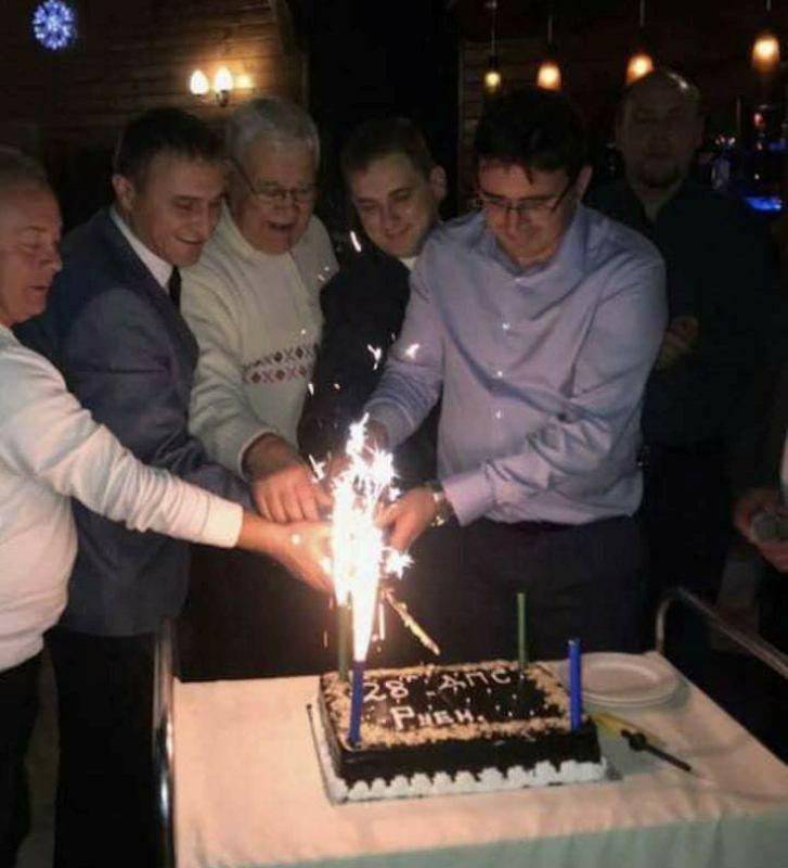 Голяма торта за рождения ден на ДПС в Руен