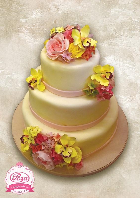 """Вижте сладката страна на една сватба: Донка Георгиева, управител на отдел декорации в """"Роза"""""""