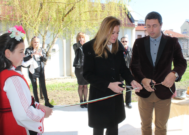В Лозенец избраха Женя Гандиева за кмет