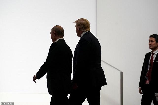 Путин и Тръмп разговаряха 80 минути в Осака