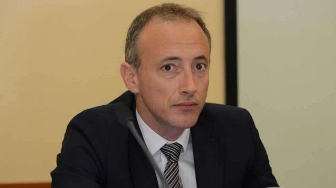 Министър Вълчев: Изведените от родителите им деца се завръщат в училищата