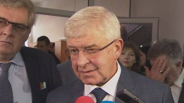 Министърът на финансите е с коронавирус