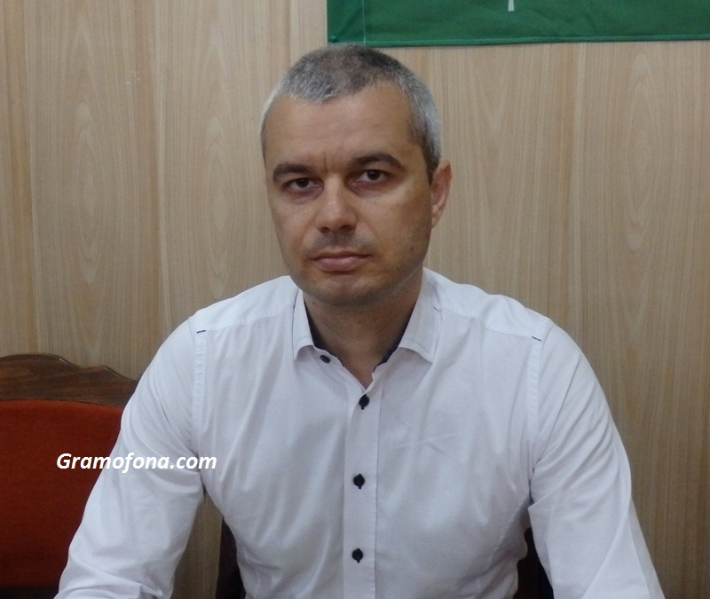 "Костадин Костадинов: А Владимир Павлов каза ли ви как заплашваше членове на ""Възраждане""?"