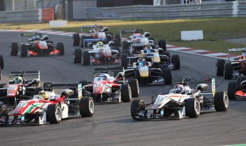 Зверска катастрофа на Формула 3