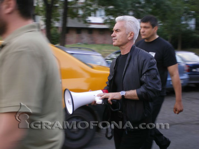 Волен Сидеров се призна за виновен по три от обвиненията