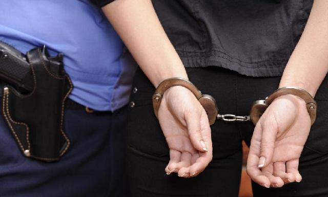 Арестуваха софиянка, крала в Бургас и Созопол