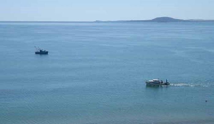 Пластмасови острови затлачват Черно море
